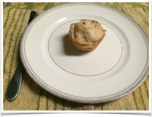 A single pie-let, ready for tasting.